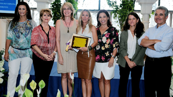 La alcaldesa preside la entrega del XIII Premio Mujer Empresaria de Benalmádena