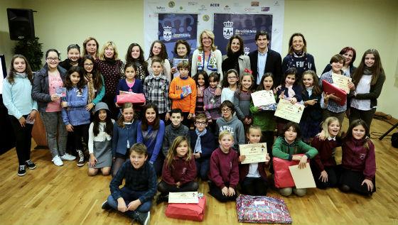 La alcaldesa preside la entrega de premios de los distintos concursos y certámenes navideños