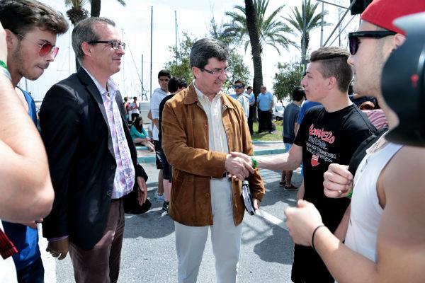 Cerca de 2.000 estudiantes portugueses disfrutan durante estos días de un periodo vacacional en Benalmádena
