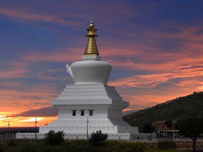 La Estupa de la Iluminación acoge una exposición sobre el último viaje del maestro tibetano Shamar Rinpoche