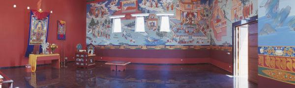 La Estupa Budista de Benalmádena Pueblo acoge una jornada con ponentes internacionales este sábado 20