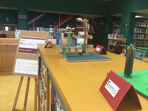 La Biblioteca Arroyo de la Miel expone los trabajos de los Talleres de Verano