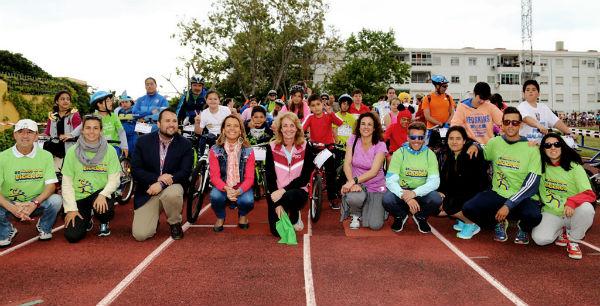 Más de un millar de benalmadenses de todas las edades participan en la popular Fiesta de la Bicicleta