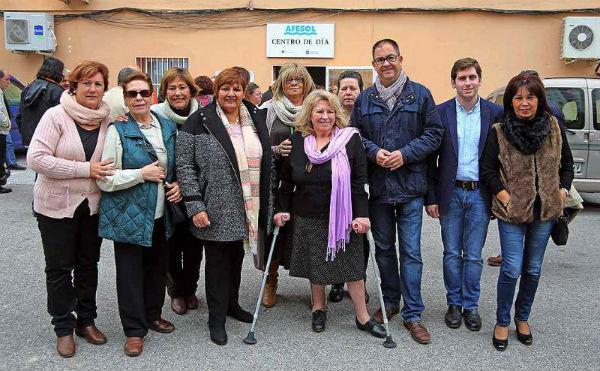 Los Concejales Javier Marín y Alicia Laddaga participan en la Fiesta de Navidad de Afesol