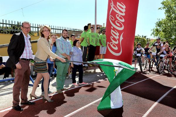 Cerca de un millar de benalmadenses participan en la XXXI Fiesta de la Bicicleta