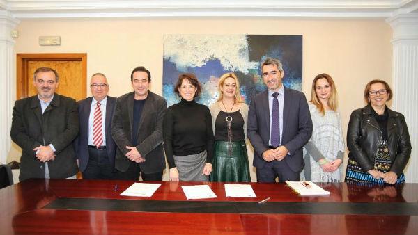 Andalucía Emprende firma un convenio con el Ayuntamiento para la cesión de un espacio del CADE de Benalmádena Pueblo por un periodo de 20 años