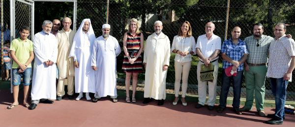 La alcaldesa comparte con la comunidad musulmana la celebración del fin del Ramadán
