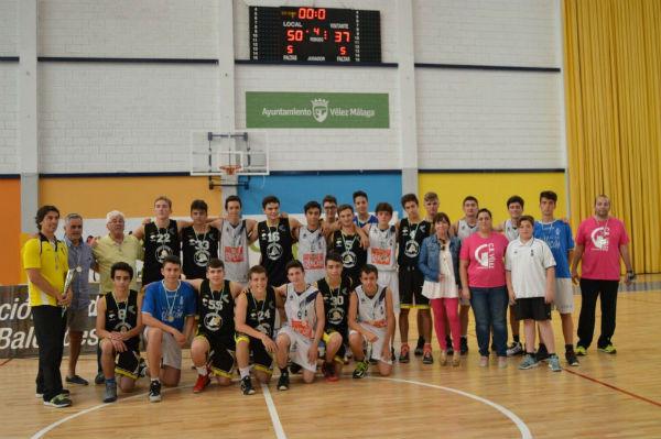 El equipo Cadete Negro del Club Basquet Benalmádena logra el 1º puesto en la categoría plata masculino.