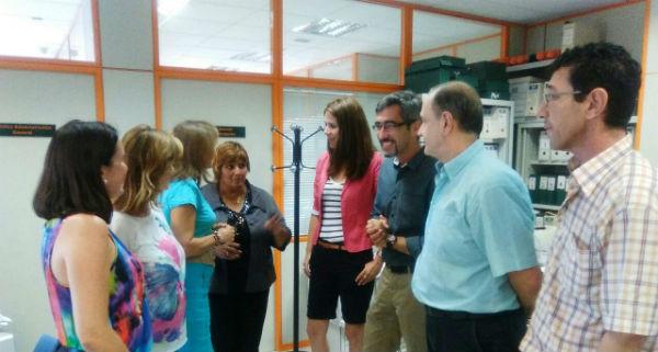El alcalde de Benalmádena, Víctor Navas, realiza una ronda de visitas y contactos por las diversas delegaciones municipales