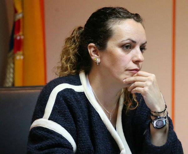 Encarnación Cortés destaca el clima de consenso y la estabilidad política alcanzada en Benalmádena en el ecuador de la legislatura.