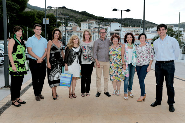 Más de 200 personas acompañan a Abad en su III Verbena Solidaria