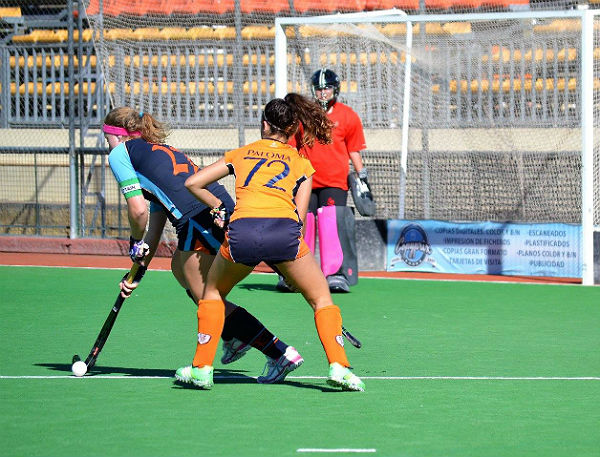 Los equipos de categoría juvenil del Club Hockey Benalmádena aceleran de cara a sus objetivos en la Copa de Andalucía