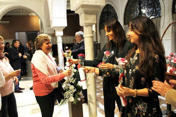 Alzheimer Benalmádena rinde un merecido homenaje a sus voluntarios