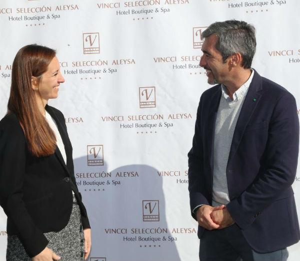El Alcalde mantiene un encuentro con la Gerencia del Hotel Vincci Selección ...