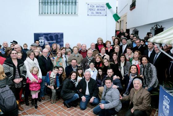 El Ayuntamiento de Benalmádena rinde un emotivo homenaje a Antonio Pérez Aragón 'El Tirita'