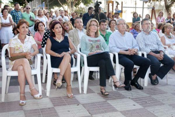 La alcaldesa de Benalmádena preside la inauguración de la sede de la Asociación Española Contra el Cáncer