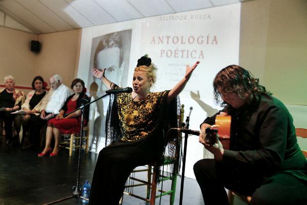 Arranca la III Semana Flamenca de Benalmádena con un espectáculo de poesía y la tradicional cazuela