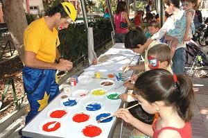 Feria Infantil todos los días a las 11:00 horas