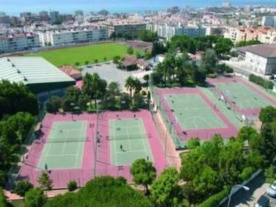 El Ayuntamiento Efectúa Mejoras en el Campo de Fútbol de El Tomillar.