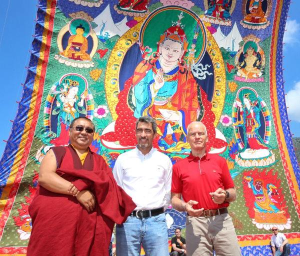 El maestro budista Ole Nydahl visita Benalmádena