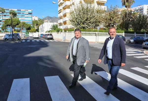 Ayuntamiento y Emabesa renuevan la red de abastecimiento de agua y asfaltado en Avenida Manuel Mena y Calles Le Corbusier, Transversal y del Águila