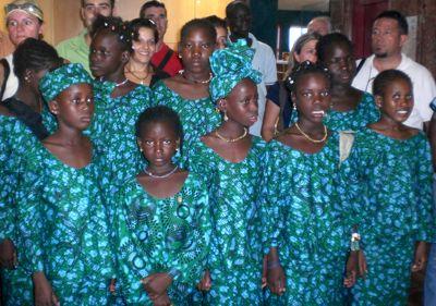 Niñas de Mali visitan Benalmádena