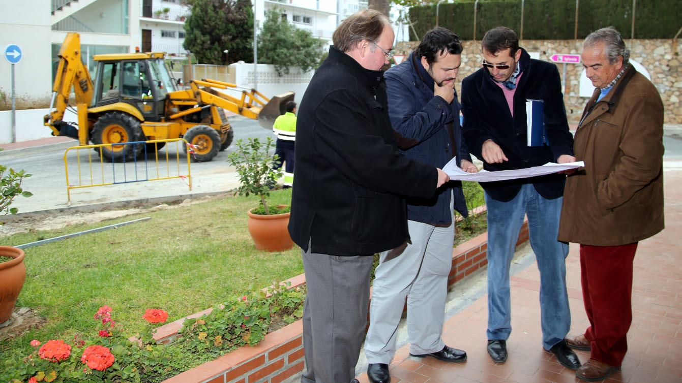 Servicios Operativos inicia la creación de un acerado en avenida Terramar Alto