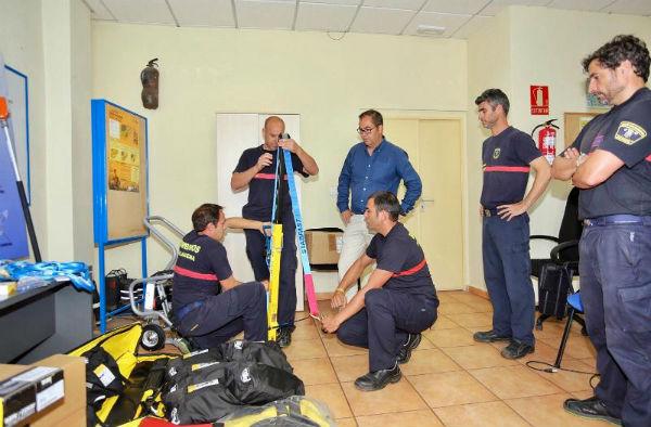 Bomberos de Benalmádena cuenta con nuevo equipamiento de rescate