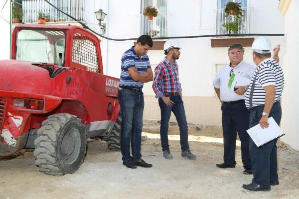 El Ayuntamiento comienza las obras de mejora en Calle Almería y Plaza de Munich de Benalmádena Pueblo
