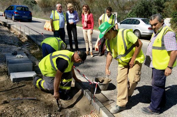El Ayuntamiento acomete el proyecto de dotación de acerado y alumbrado en la Ronda de Golf Este