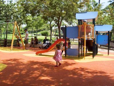 Nueva zona de juegos infantiles en La Paloma