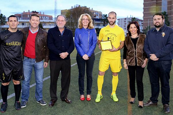 El torneo de fútbol a beneficio de Idaira, Celia y Alejandro Duarte reúne a 800 personas y recauda cerca de 2400 euros