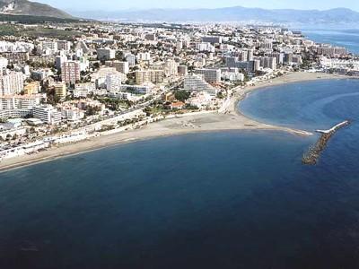 Espigones en las playas de Benalmádena