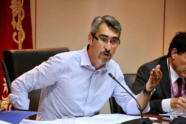 El Equipo de Gobierno presenta una moción para exigir al Gobierno la línea ferroviaria de cercanía Málaga-Marbella-Estepona.