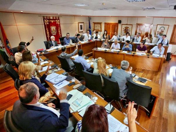 Aprobada en el Pleno la nueva Ordenanza Municipal que regula la protección, bienestar, y tenencia responsable de animales, y animales potencialmente peligrosos de Benalmádena