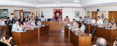 La Corporación Municipal Reclama a la Junta de Andalucía que No Reduzca el Servicio Sanitario de Urgencias.
