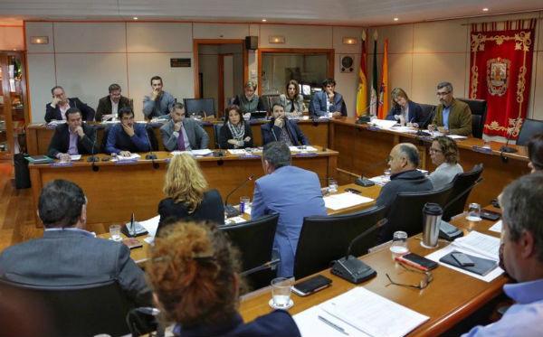 Benalmádena se declara Municipio libre de desahucios de inmuebles que constituyan la vivienda habitual de sus propietarios