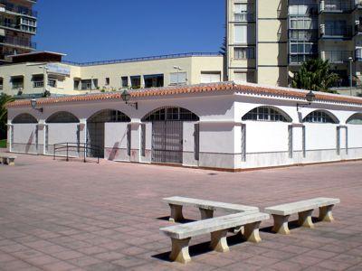 Centro de actividades sociales en la costa