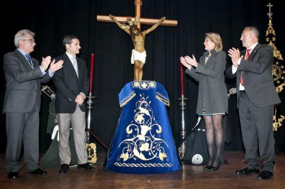 La alcaldesa preside el Pregón de Semana Santa de la Cofradía de la Redención