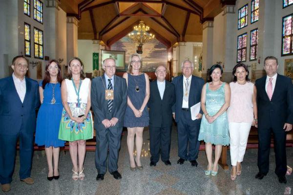 La alcaldesa preside el VII Pregón en honor a la Virgen del Carmen, a cargo del párroco Carlos Acosta