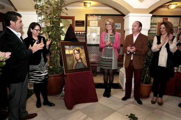 La alcaldesa preside la presentación del Cartel anunciador de la Hermandad del Nazareno.