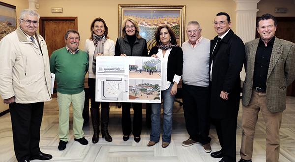 La Alcaldesa presenta el proyecto de remodelación de la Plaza Olé, que ha contado con el consenso de vecinos y empresarios de la zona