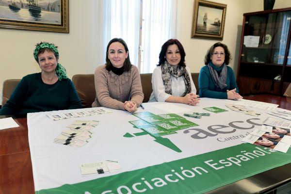 La exposición 'Con otra mirada' regresa al Hospital Xanit para conmemorar el Día Mundial Contra el Cáncer