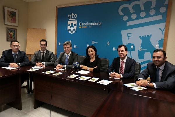 'La Caixa' pone en marcha una campña de apoyo para empresarios y emprendedores de Benalmádena
