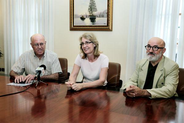La regidora recibe a la recién constituida Asociación Amigos de Don Antonio Martín 'El Cura'