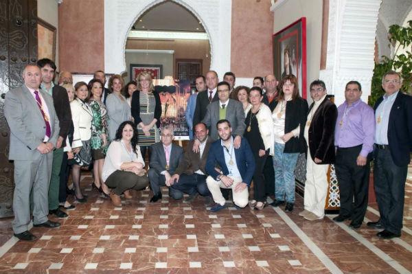 La alcaldesa preside la presentación del cartel anunciador de la Semana Santa de Benalmádena 2014