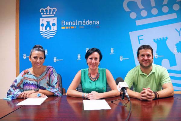 Concepción Tejada ha anunciado la próxima Gala de Elección de la Reina de las Fiestas de María Stma. de la Cruz 2014