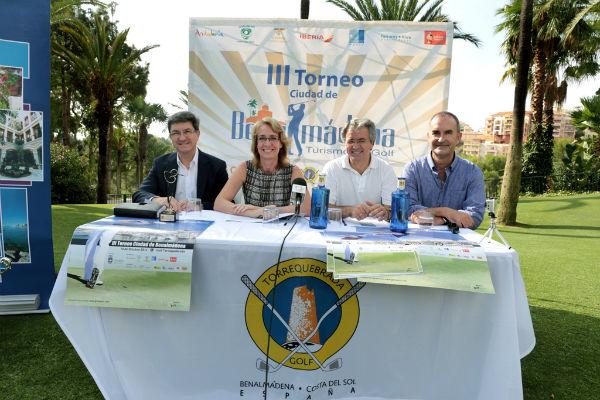 La alcaldesa presenta el III Torneo 'Ciudad de Benalmádena' que se disputará en el Club de Golf Torrequebrada el 10 de octubre