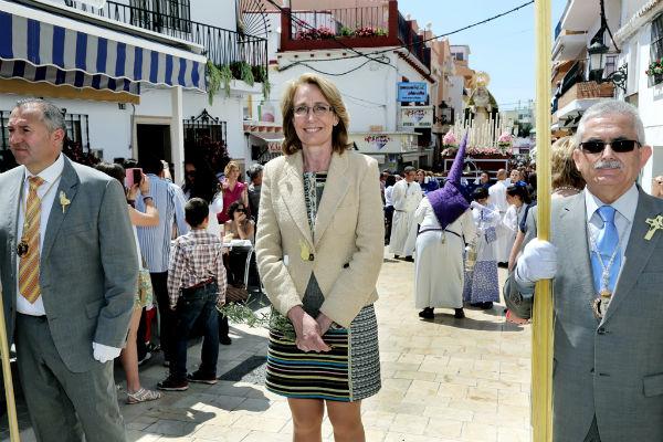 Miles de benalmadenses y turistas reciben con fervor el primer día grande de la Semana Santa