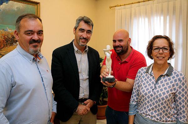 La nueva edición del FICCAB rendirá homenaje al Director José Luis Cuerda, al Cine-Club 'Más Madera', la serie 'Aquí Abajo' y al Productor Eduardo Trías
